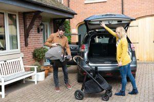 i-Snug™  – fotelik samochodowy w standardzie i-Size